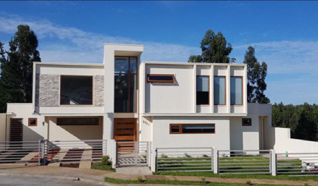 Casa Bravo Labraña
